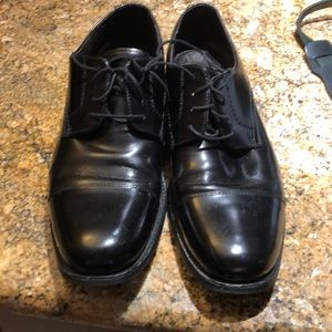 Men's Johnston & Murphy dress shoes